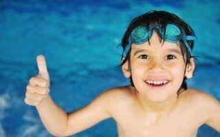 Можно ли купаться при отите: мнение врачей