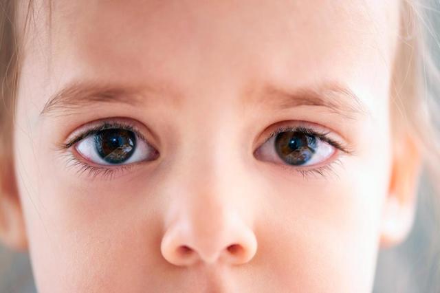 Глазные капли Софрадекс: описание, противопоказания, применение