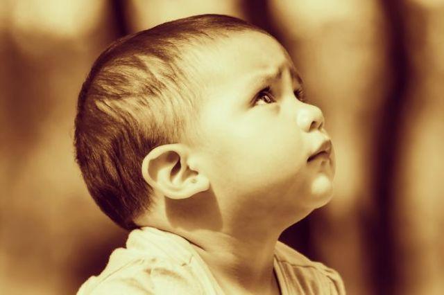 Мешки под глазами у грудничка - причины появления и как избавиться!