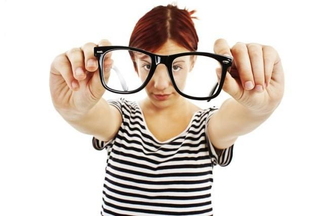 Как восстановить зрение в домашних условиях: эффективная гимнастика