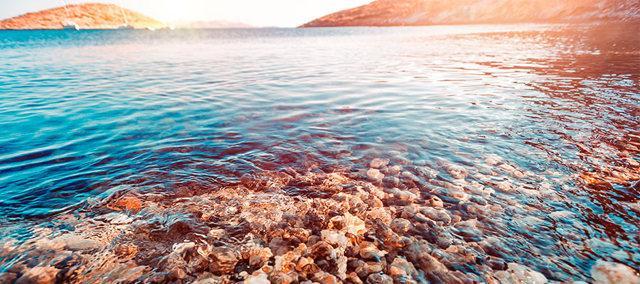 Можно ли купаться в контактных линзах в море, бассейне и ванной
