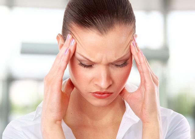 Головная боль при отите: причины и лечение