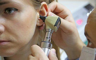 Воспаление евстахиевой трубы: симптомы и лечение