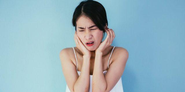 Болит за ухом при нажатии на кость: причины