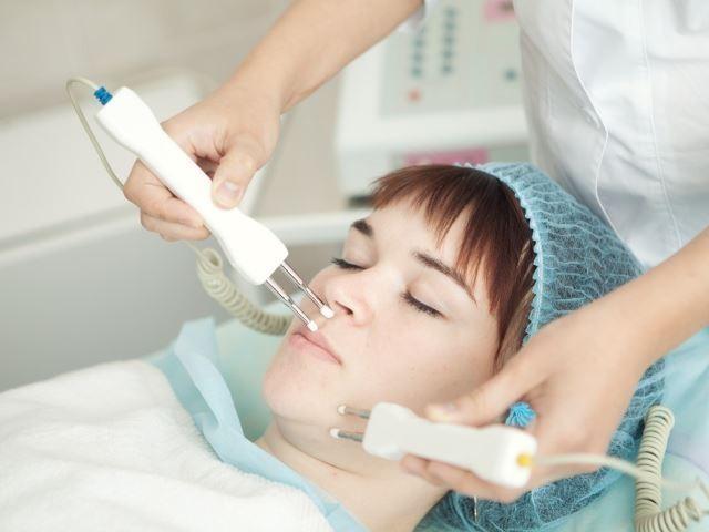 Электрофорез уха и другие физиопроцедуры при отите