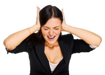 Заложило ухо и шумит: причины и лечение