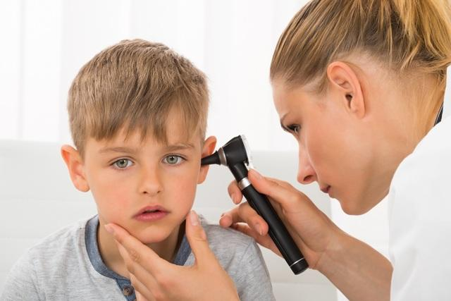 Причины отита у детей: как избежать рецидива