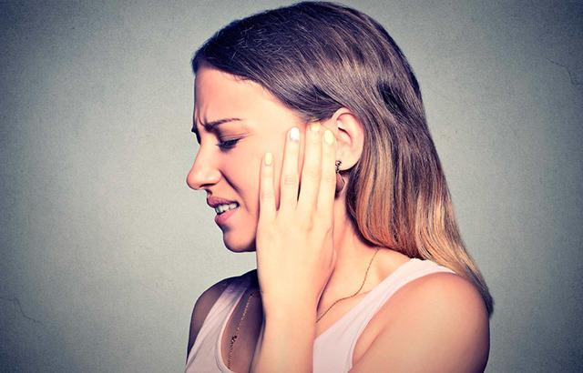 Отек уха: что делать при различных видах отека