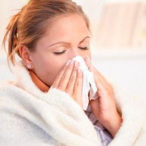 Неприятный запах из уха у взрослого человека: причины