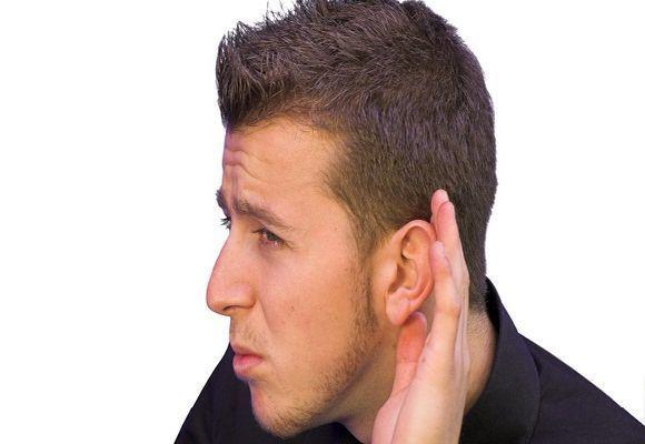 Треск в ухе: причины появления хруста в ушах