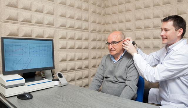 Шум в ушах: причины появления