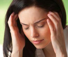 Заложило ухо и болит: что делать?