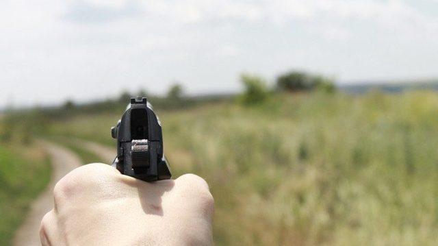 Заложило ухо после стрельбы: что делать?
