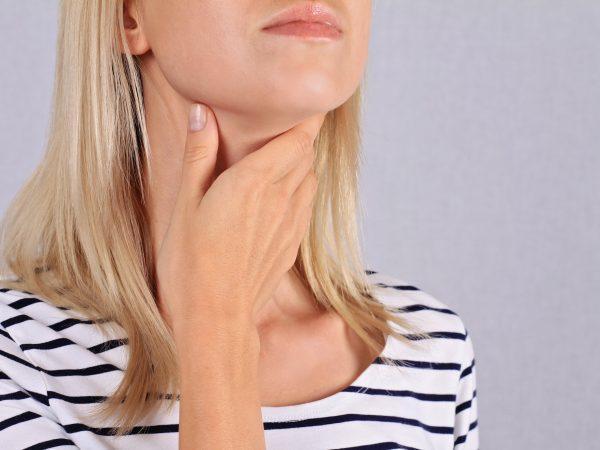 Полип в ухе: признаки, причины и методы лечения
