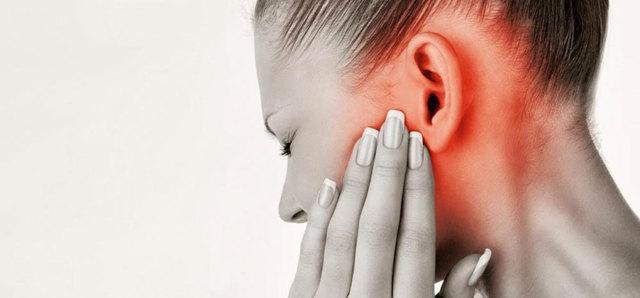 Грибок в ушах: симптомы, лечение, причины