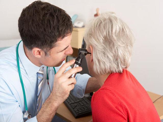 Лекарства от отита у взрослых: какие лучше?